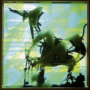 Michi Braun | Ritt auf dem Vulkan 2 | 2021 | Siebdruck / Serigraphie / Durchdruck auf mehrschichtigem Glas | 100 x 100 cm